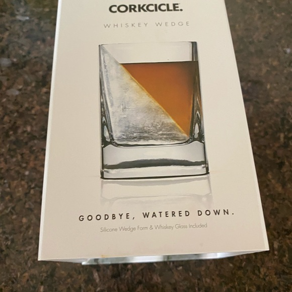 Corkcicle Accessories - Wishey Wedge rocks glass and ice form